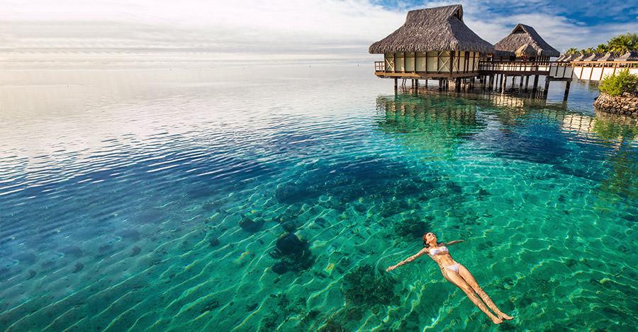 Biển ở Tahiti rất đẹp