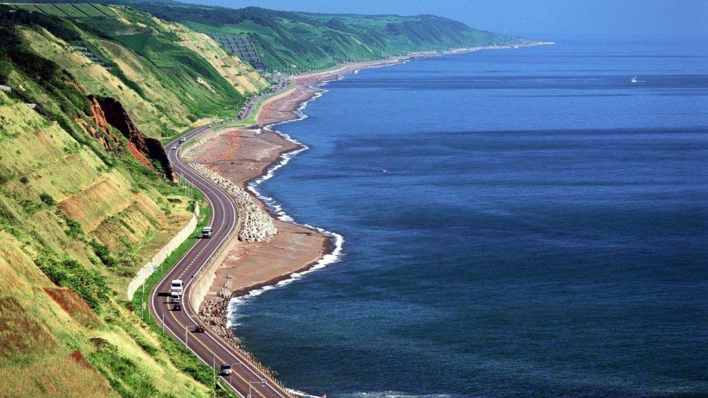 biển caspi là hồ lớn nhất