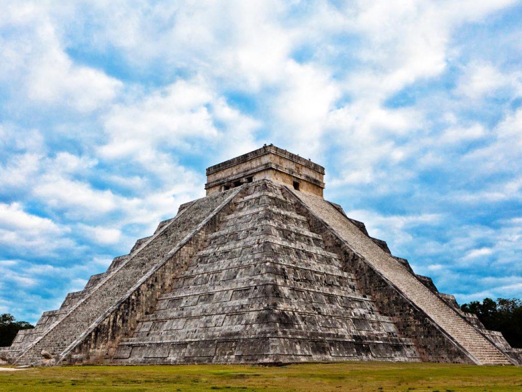 Chichen Itza nằm ở Mexico