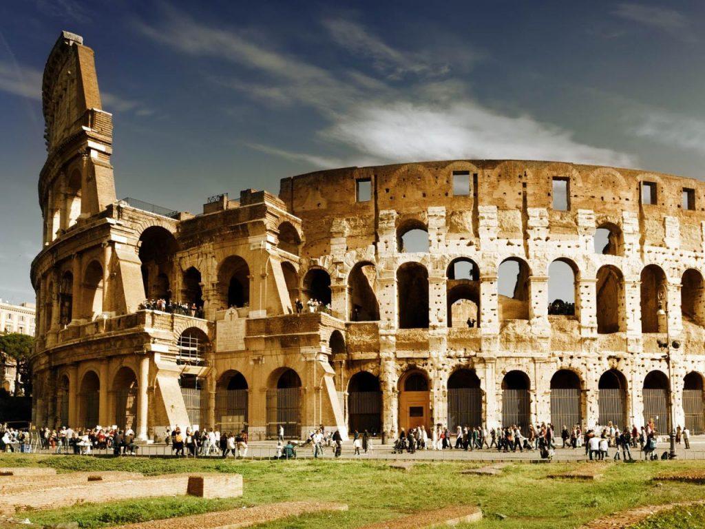 Đấu trường La Mã nằm ở Rome, Ý này nay