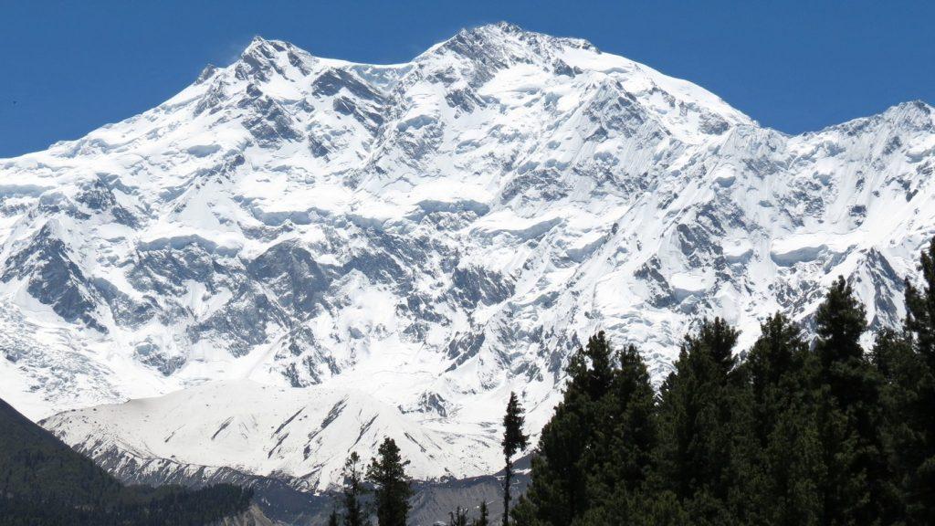 Nanga Parbat cao thứ 9 thế giới