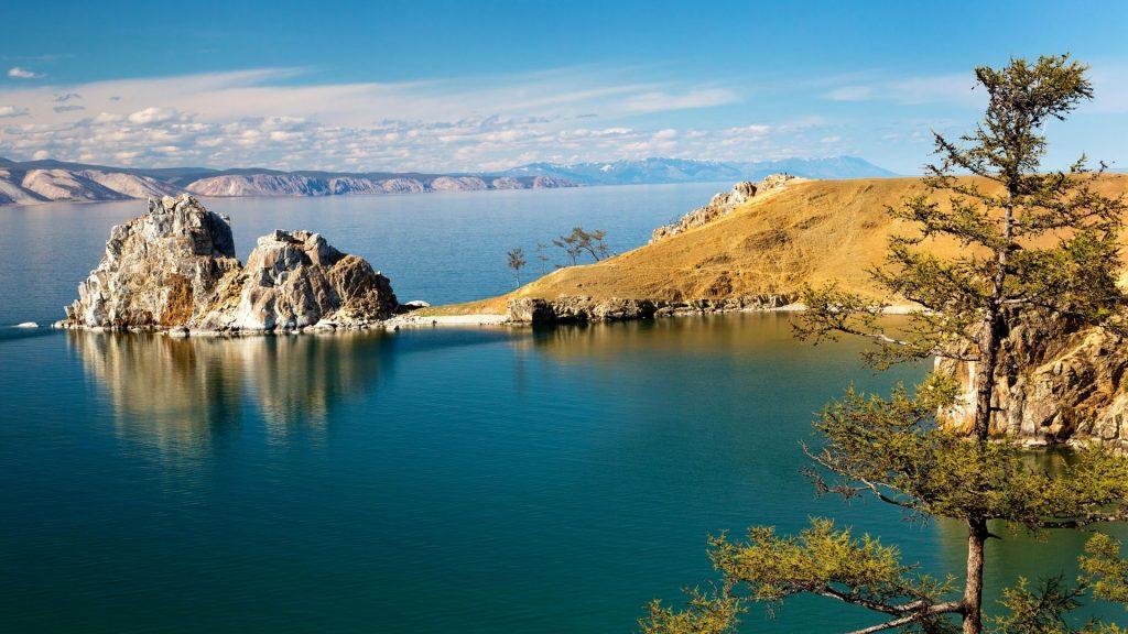hồ Baikal lớn thứ 7 trái đất