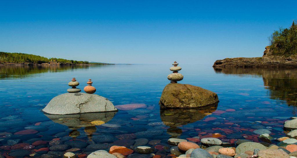 hồ Superior lớn thứ 2, có nước rất trong