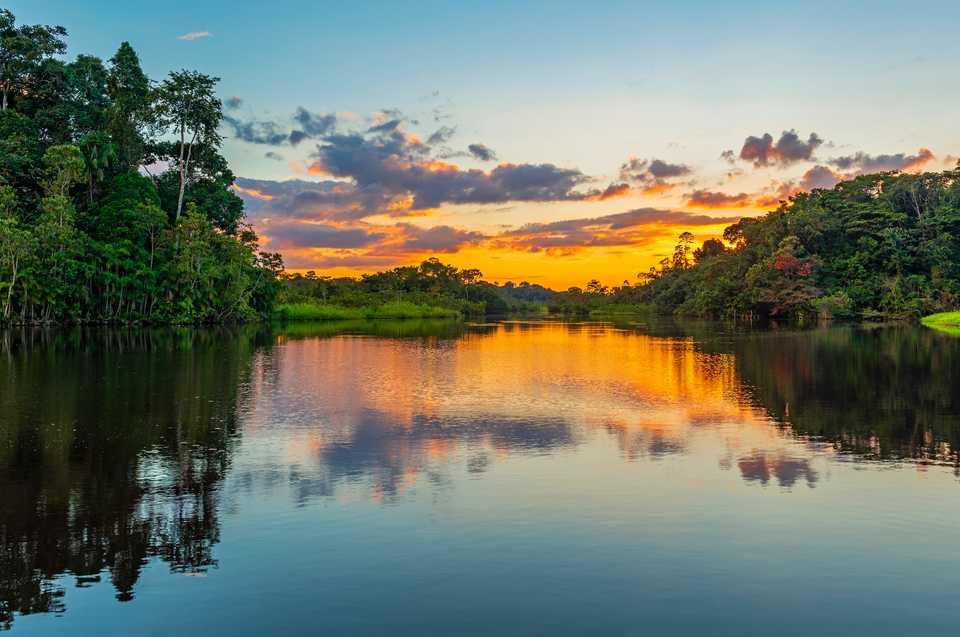 Brazil cũng có rất nhiều hồ nước